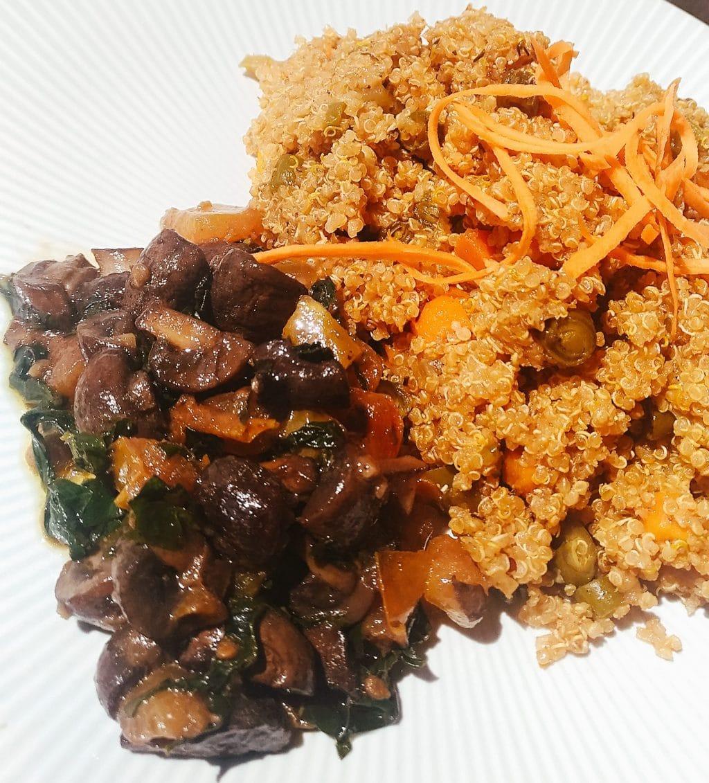 Quinoa con Verduras y Champiñones Italianos